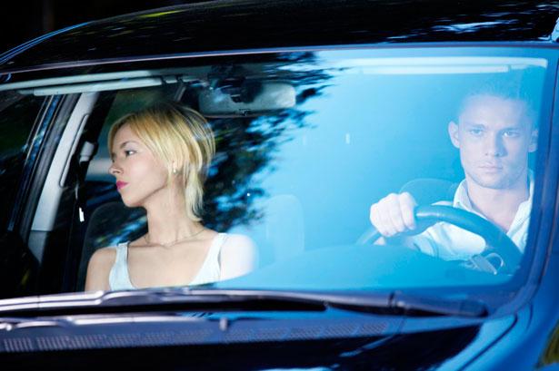 Driving-habits-Valentines-easytrip-130214